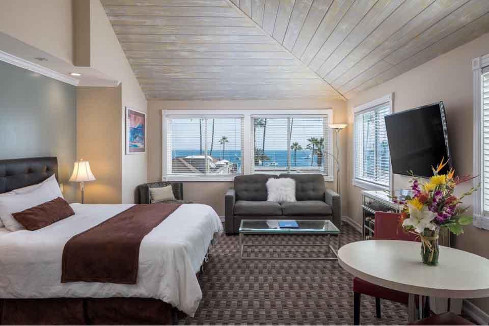 Catalina Island Hotel Glenmore Plaza Amelia Earhart Suite