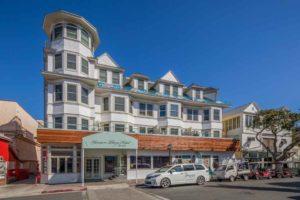 Catalina Island Hotel Glenmore Plaza Exterior View