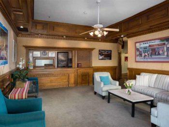 Catalina Island Hotel Glenmore Plaza Lobby